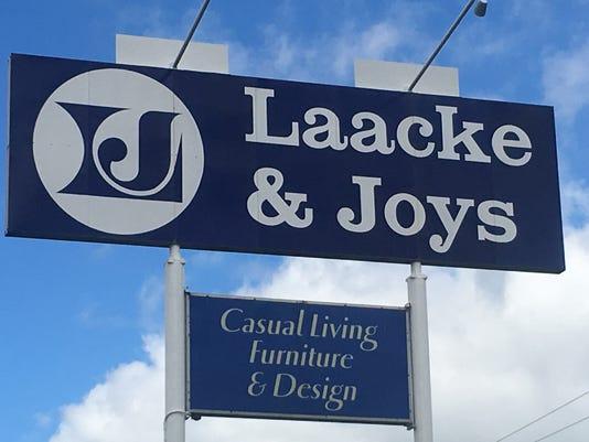 Laacke Joys Sign Brookfield June 2017
