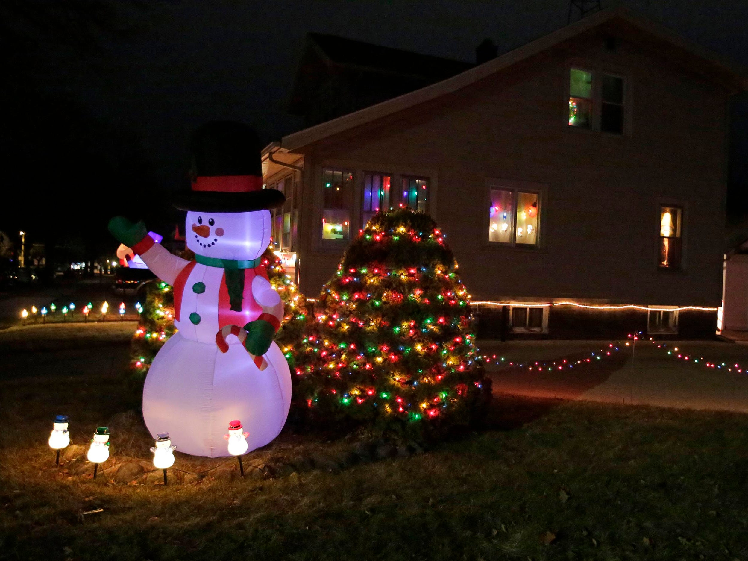 Holiday lights on Geele Avenue, Thursday, December 20, 2018, in Sheboygan, Wis.