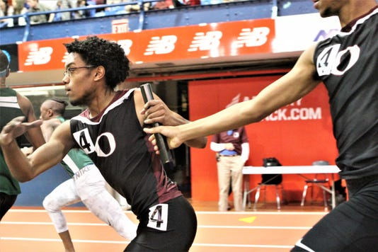 Ossinings Noah Jeffernson Takes The Baton From Joshua Harley In The 2018 Mitchell 4x200