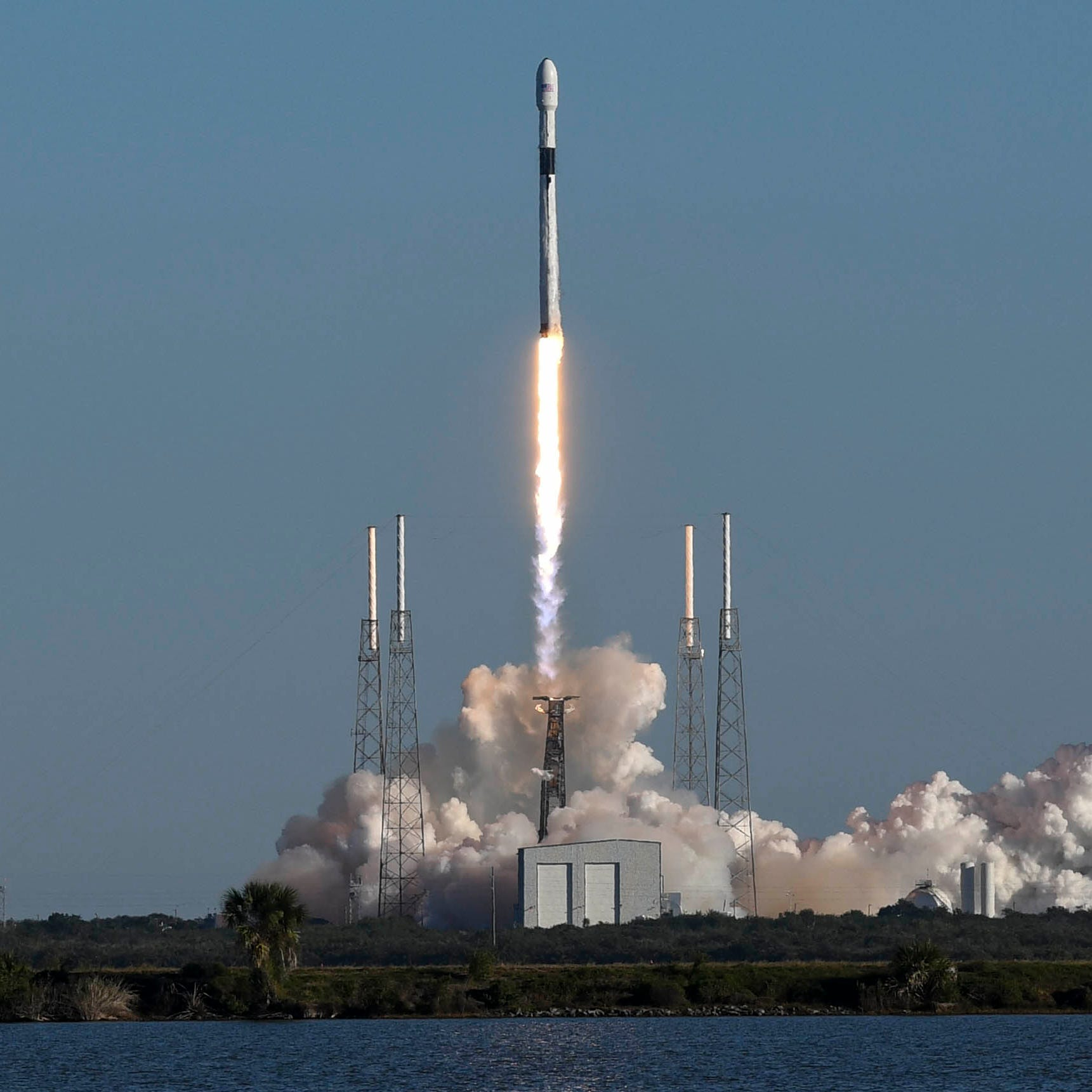 SpaceX opens new GPS era with launch of 'Vespucci' from Cape Canaveral