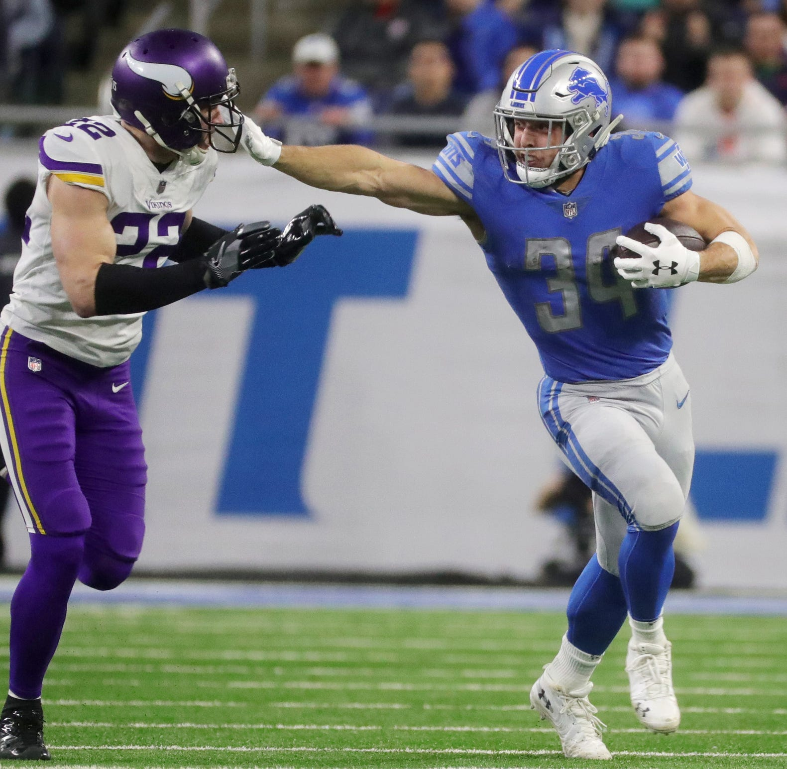 Zach Zenner signs 1-year deal to stay with Detroit Lions
