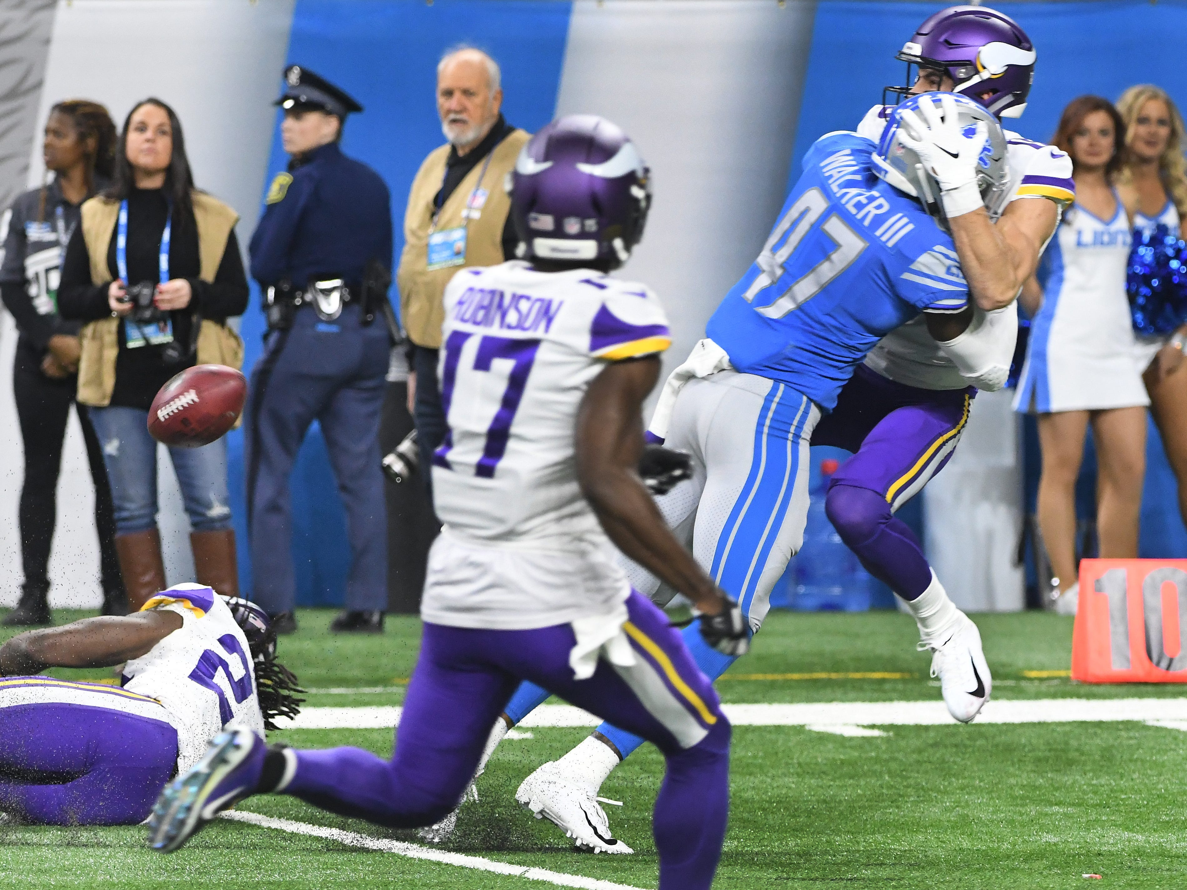 Lions' Tracy Walker picks up a 15 yard penalty hitting Vikings' Brandon Zylstra early on a punt return in the second quarter.