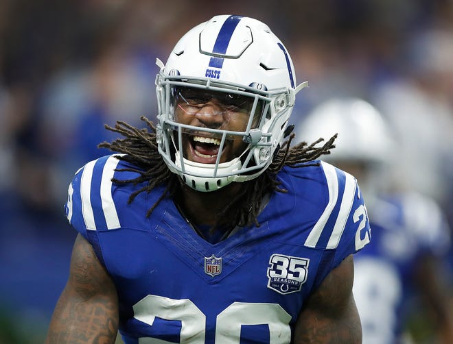 Indianapolis Colts free safety Malik Hooker (29) celebrates his game sealing interception in the second half of their game at Lucas Oil Stadium on Sunday, Dec. 23, 2018. The Colts defeated the Giants 28-27.