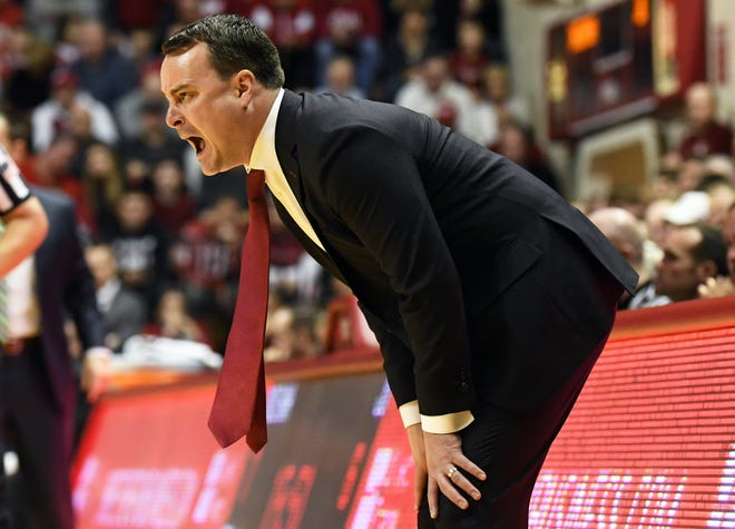 Indiana Hoosiers head coach Archie Miller yells to his team during the game against Jacksonville at Simon Skjodt Assembly Hall in Bloomington, Ind., on Saturday, Dec. 22, 2018.