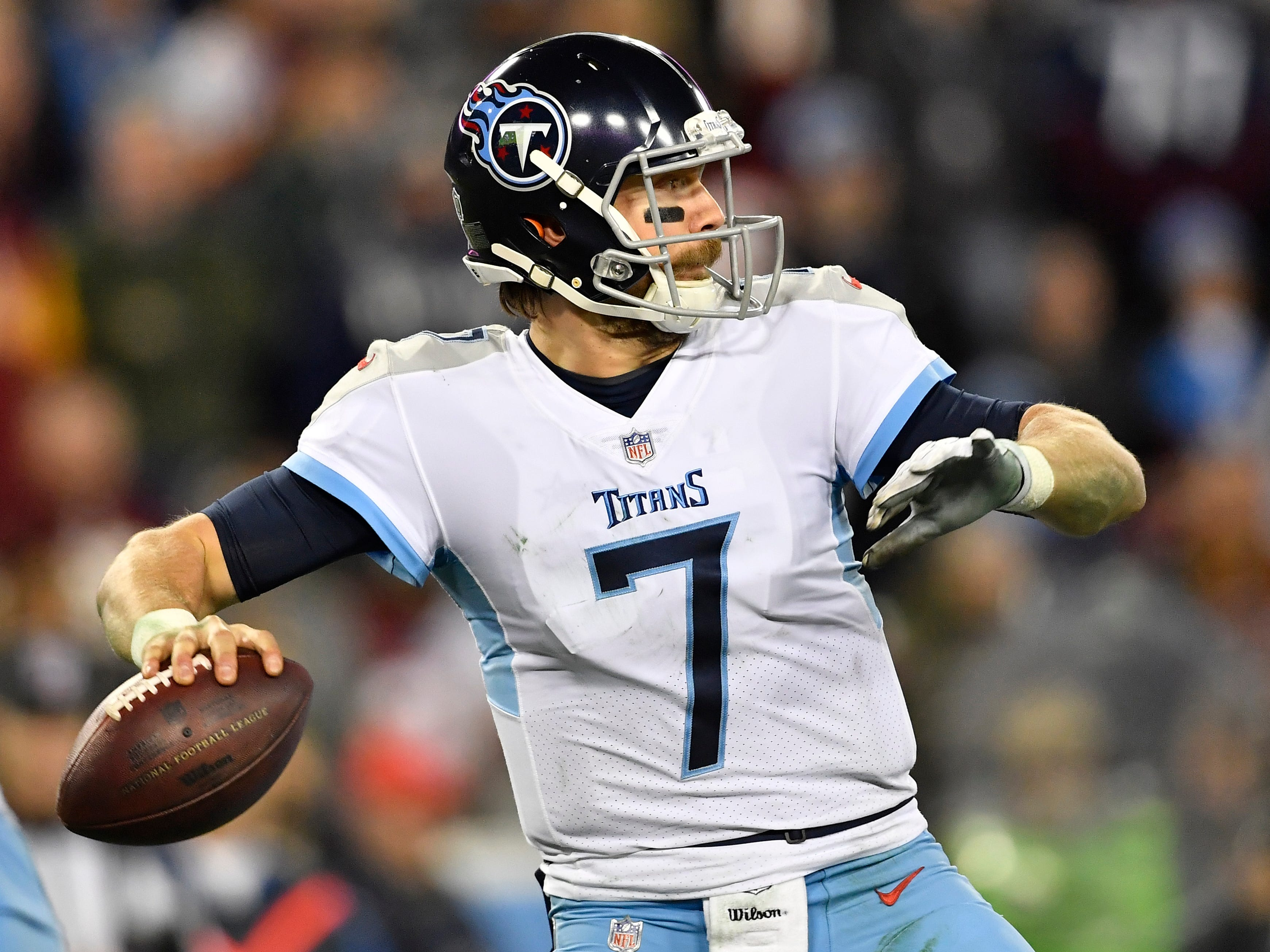 Titans quarterback Blaine Gabbert (7) passes in the second half against the Redskins at Nissan Stadium Saturday, Dec. 22, 2018, in Nashville, Tenn.
