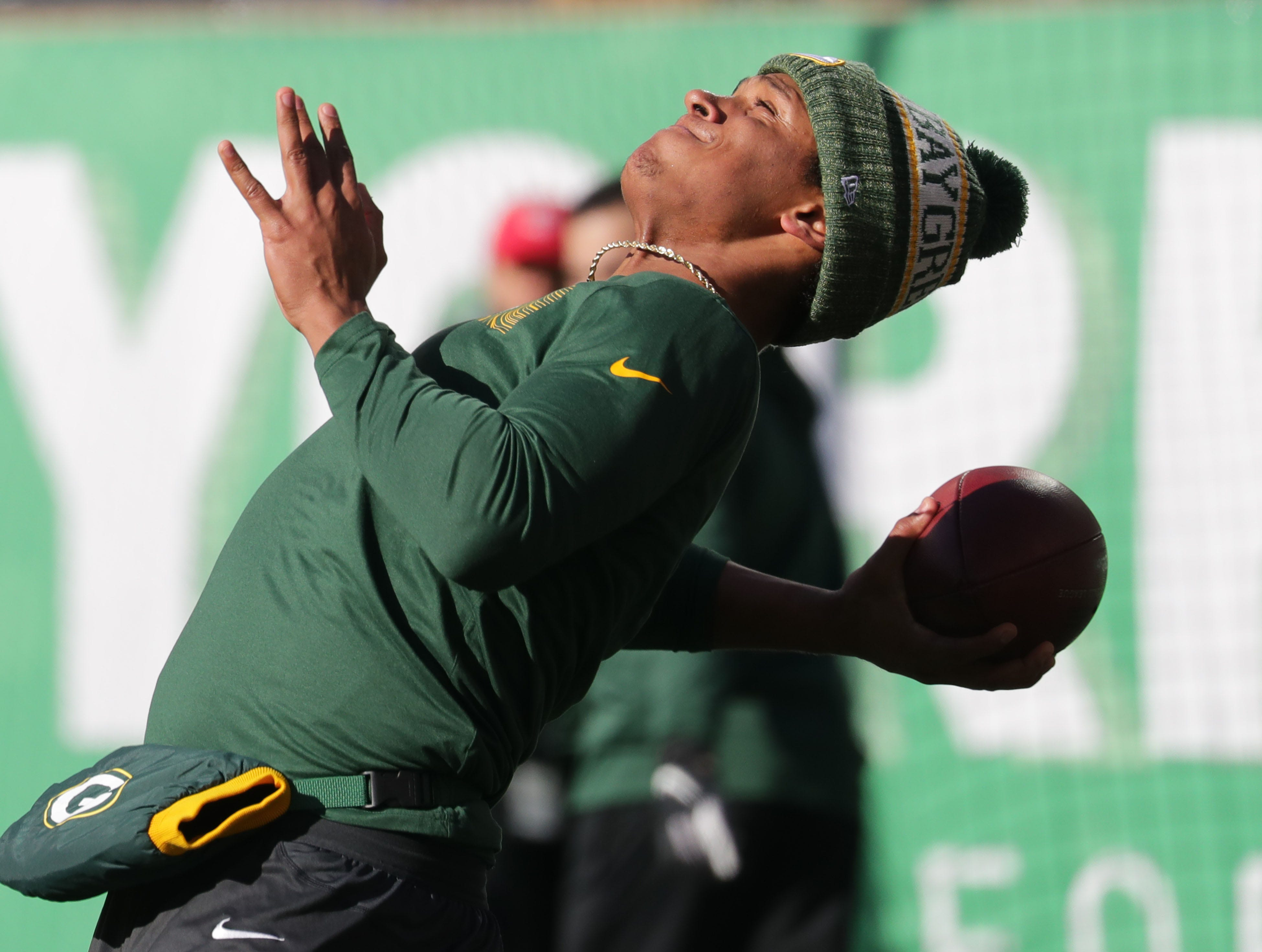 Green Bay Packers' DeShone Kizer warmth up before the Green Bay Packers game against the New York Jets at MetLife Stadium Sunday, Dec. 23, 2018, in East Rutherford.