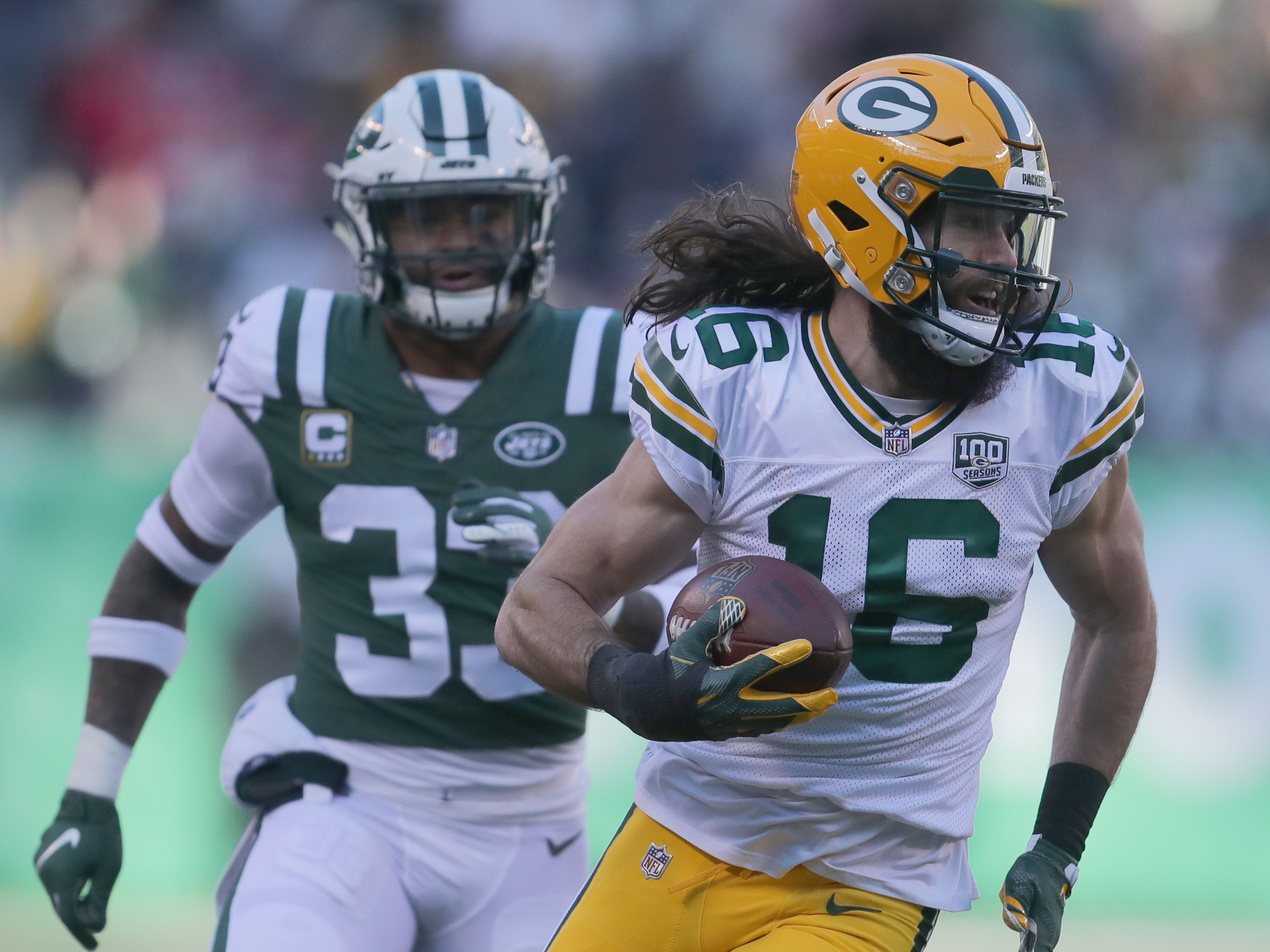 Green Bay Packers' Jake Kumerow scores a touchdown  during first half of the Green Bay Packers game against the New York Jets at MetLife Stadium Sunday, Dec. 23, 2018, in East Rutherford.