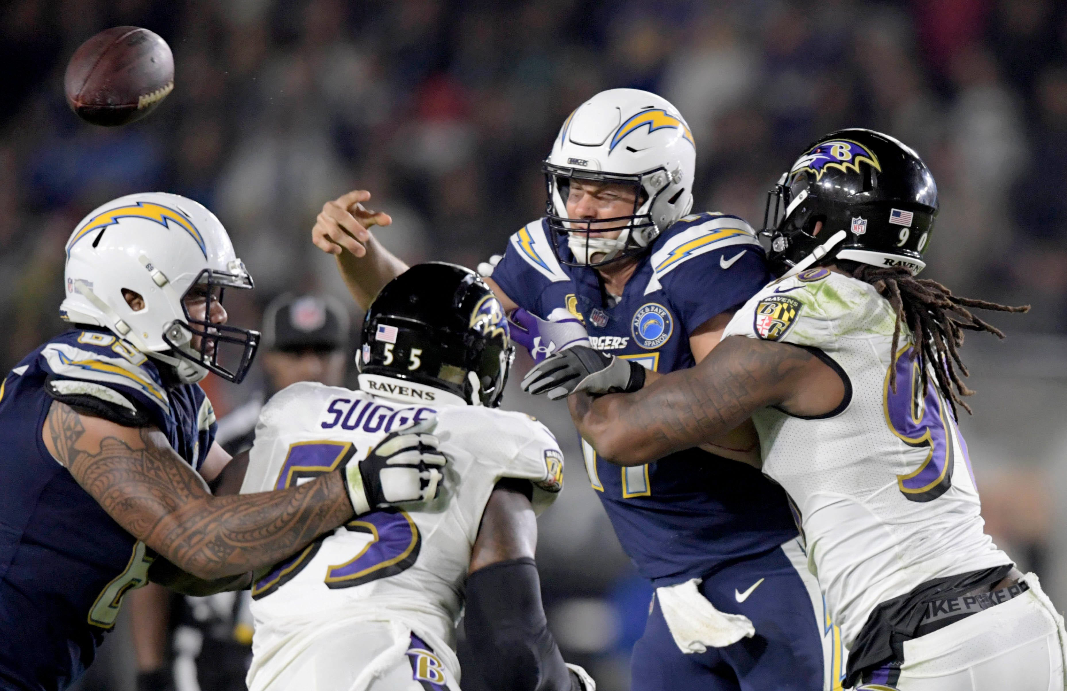 NFL playoff picture as Week 16 begins: Ravens deal Chargers' home-field hopes blow; Browns out