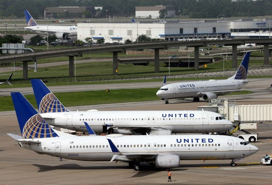 United Airlines Plane Jet