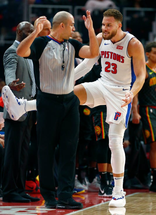 Ap Hawks Pistons Basketball 9