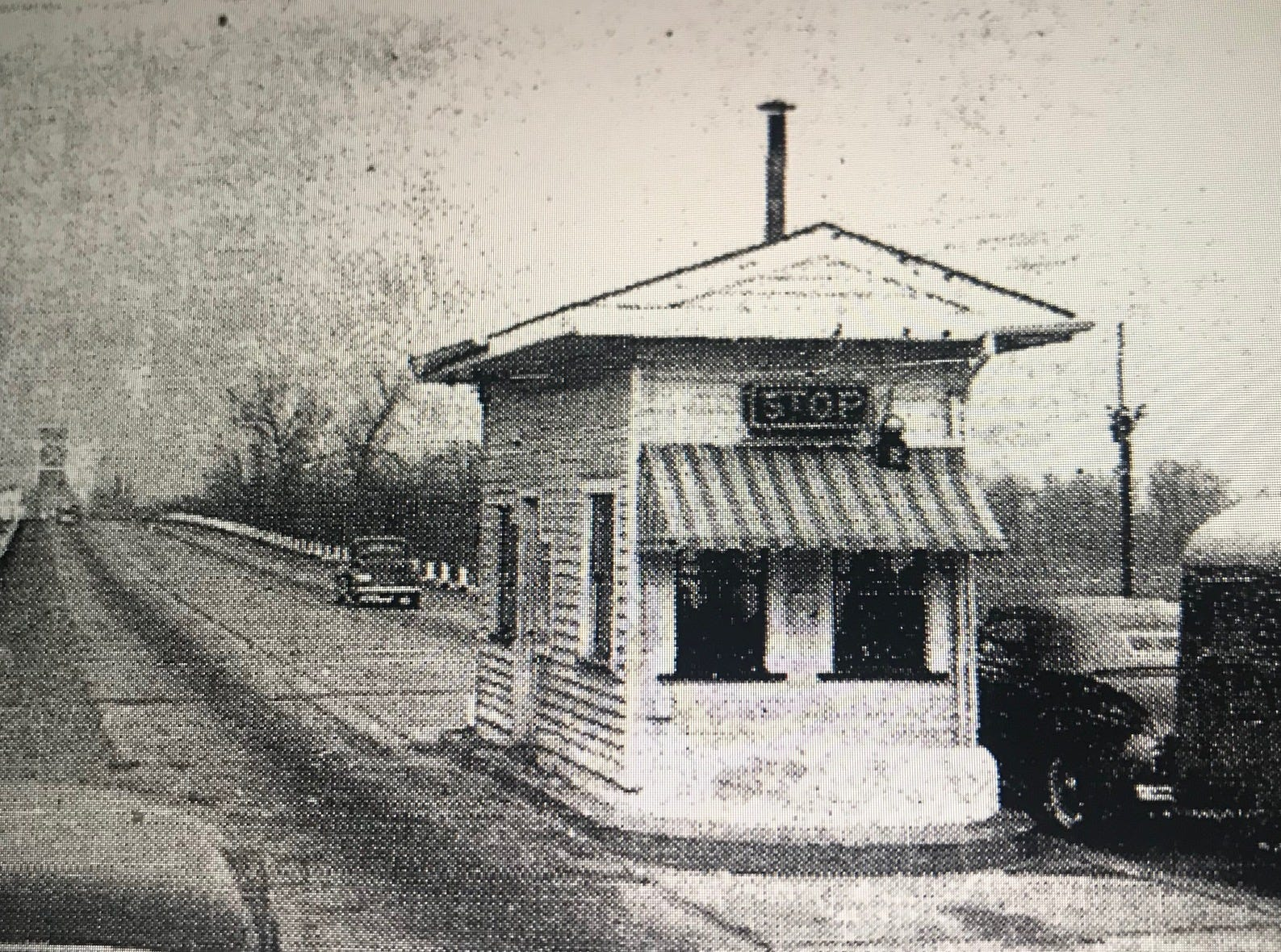 The toll booth that once stood at the north end of the Ohio River bridge between Evansville and Henderson.