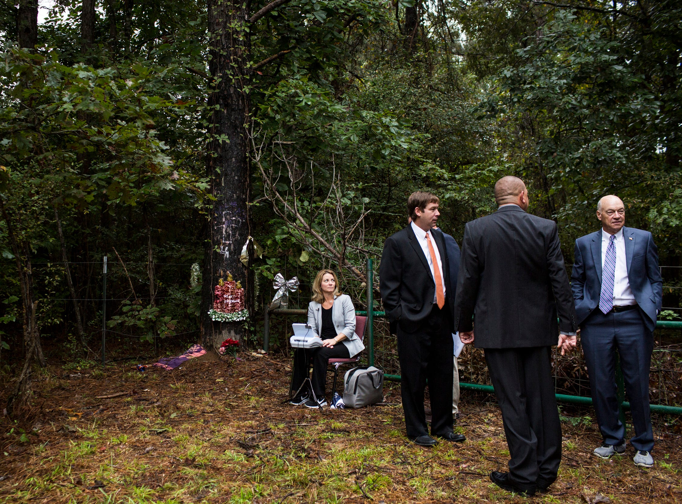 September 27 2018 - People gather before testimony at the scene where Jessica Chambers was burned alive in her car during a field trip on the third day of the retrial of Quinton Tellis. Tellis is charged with burning 19-year-old Jessica Chambers to death almost three years ago on Dec. 6, 2014. Tellis has pleaded not guilty to the murder.