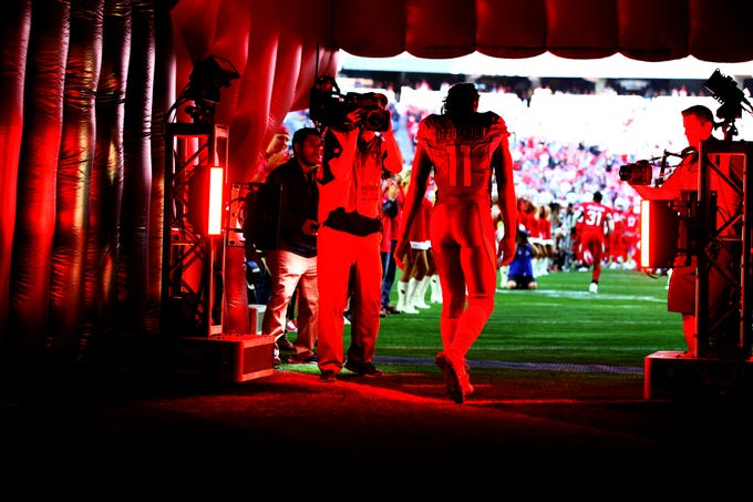 Arizona Cardinals wide receiver Larry Fitzgerald takes the field to play the Los Angeles Rams during the final home game of the season on Dec. 23, 2018 at State Farm Stadium.