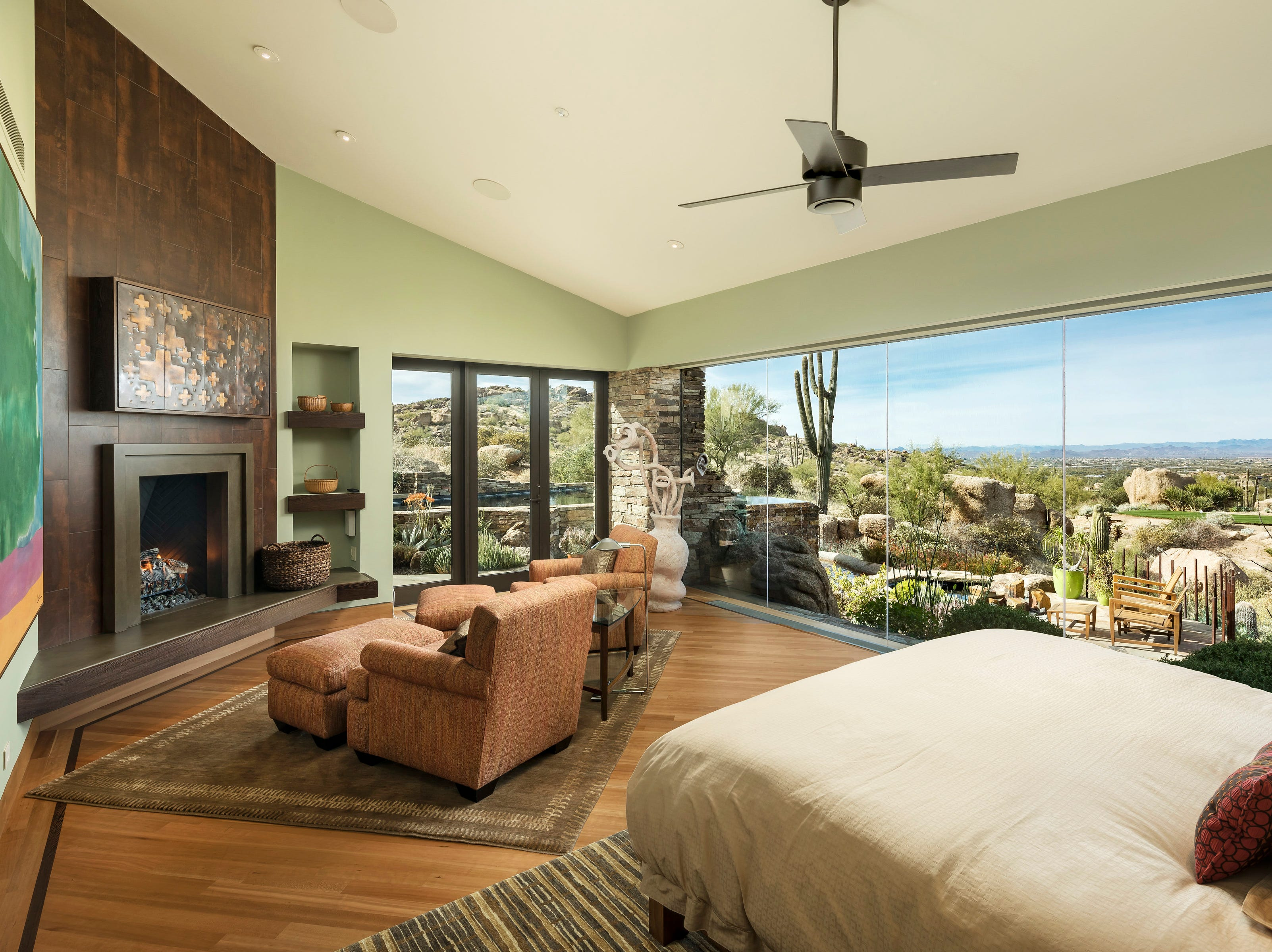 The North Scottsdale estate has views of surrounding mountains and desert landscape.
