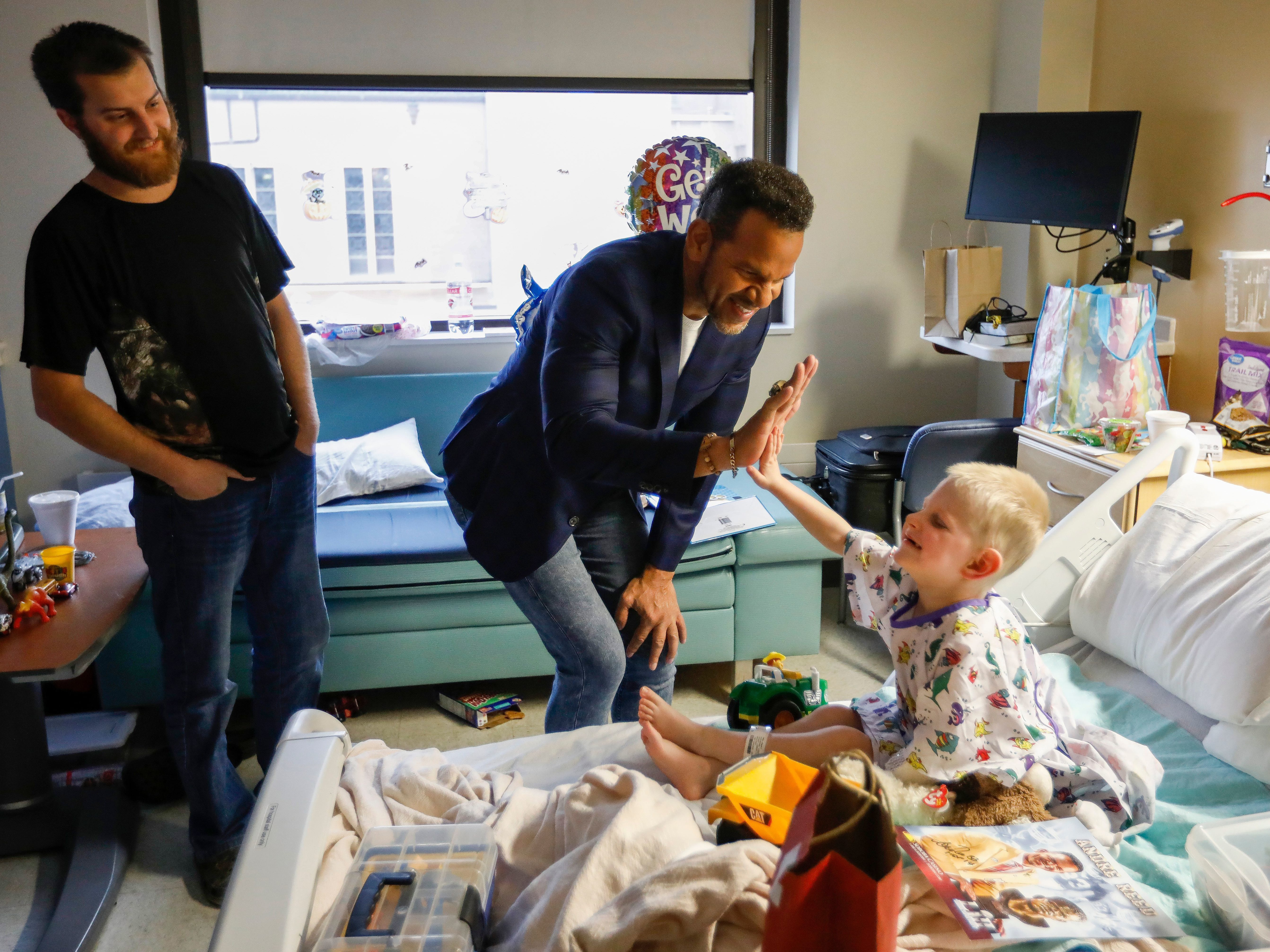 Oct. 31: NFL Hall of Fame wide receiver Andre Reed visits Mercy Hospital.
