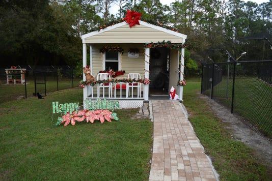 0102 Ynmc Ctty Cat Cottage