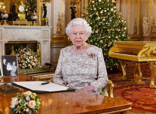 Queen Elizabeth Encourages Greater Understanding In Christmas Speech