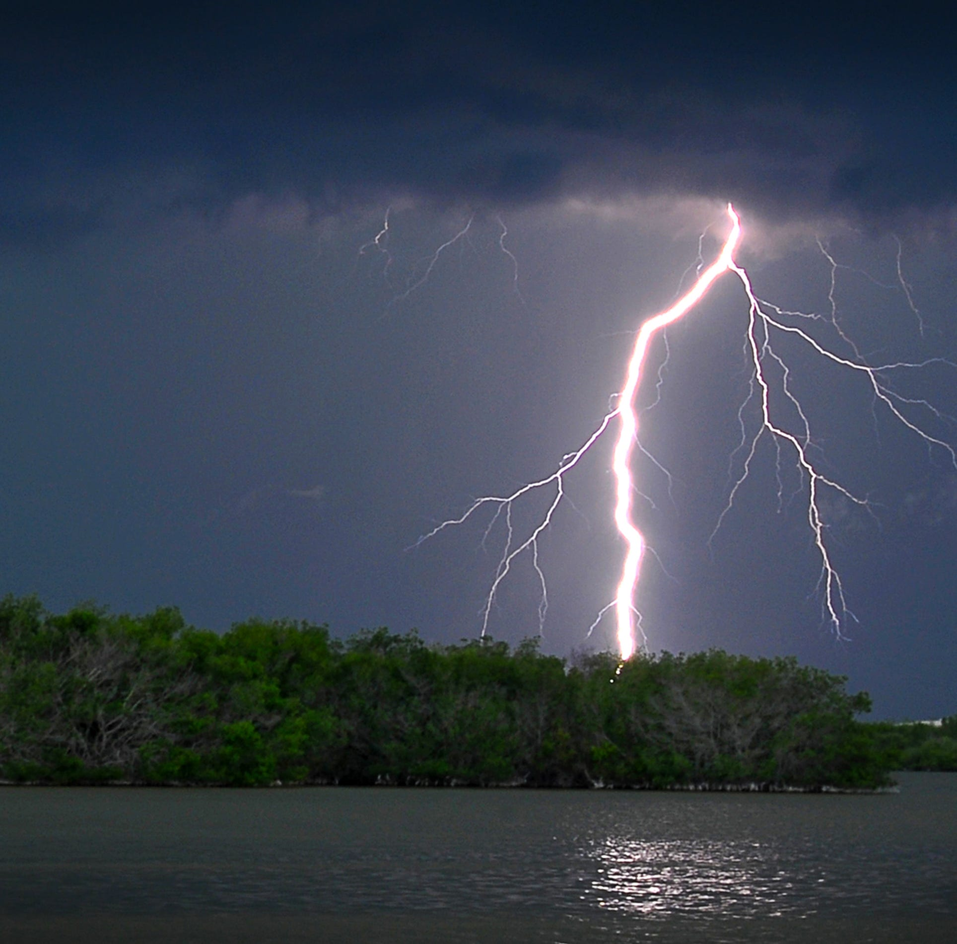 Rain, heavy lightning expected for Space Coast as week continues