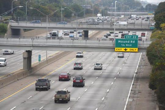 Interstate-696 at Mound Road