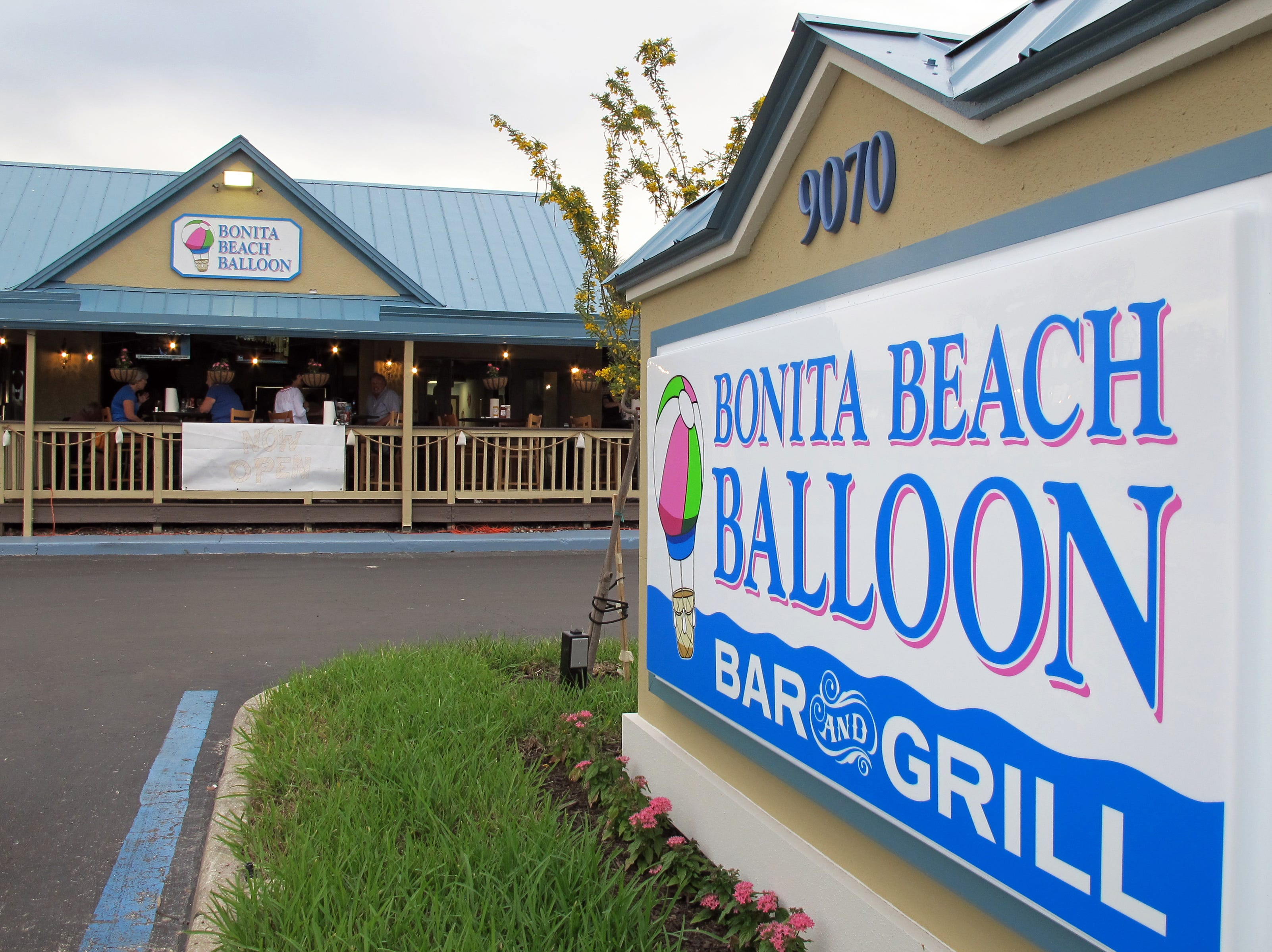 Bonita Beach Balloon Bar & Grill opened in November 2018 on Bonita Beach Road in Bonita Springs.
