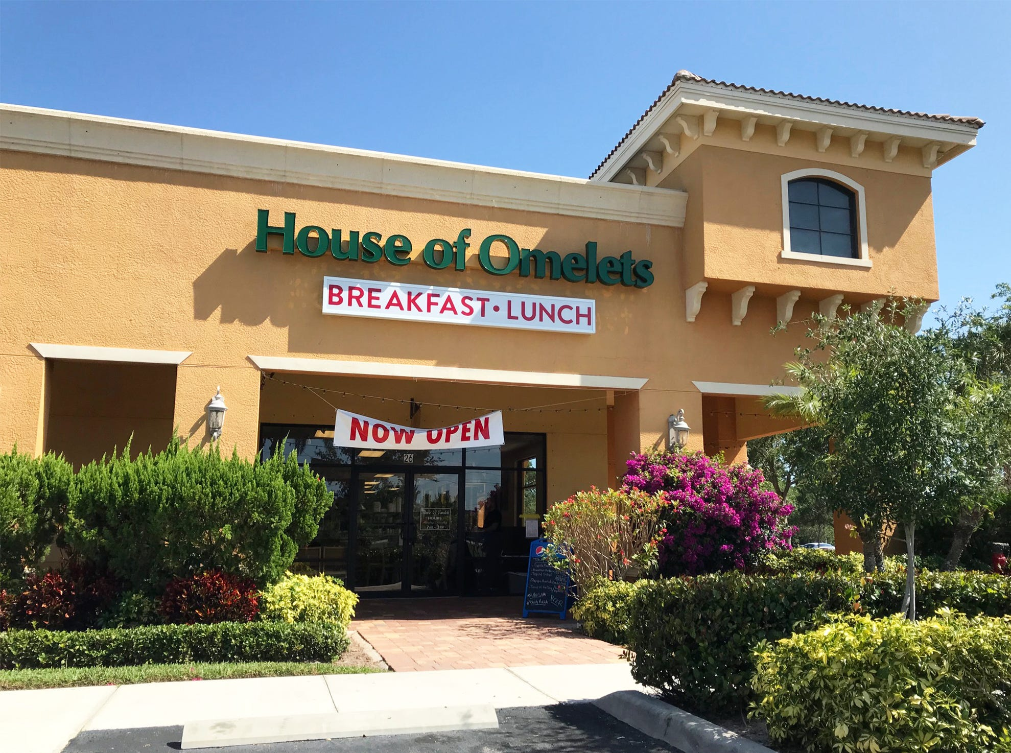 House of Omelets opened for breakfast and lunch in February 2018 in the former locations of Charlie's and Cider Press Cafe in Pipers Crossing along Immokalee Road in North Naples.