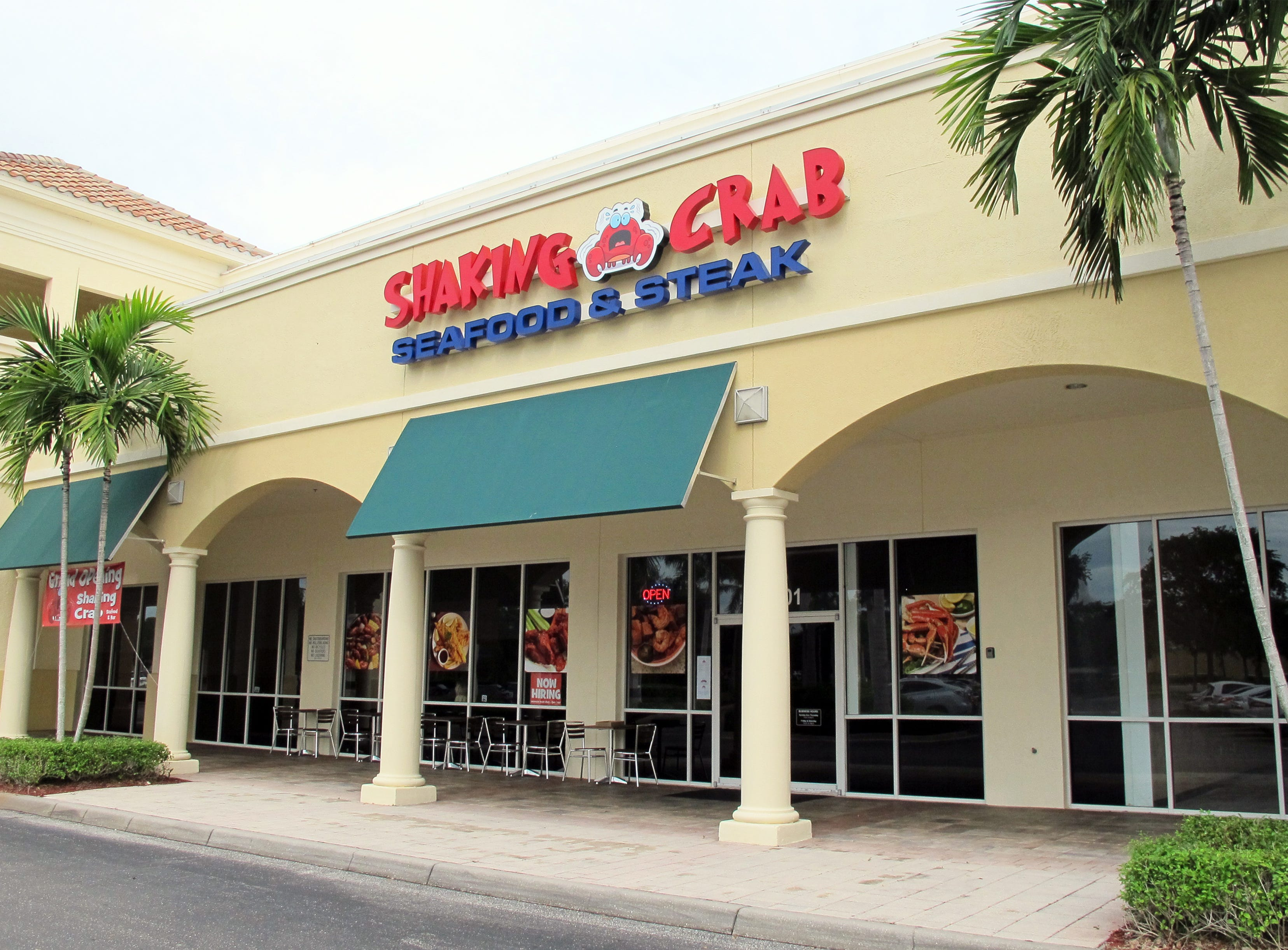 Cajun-style seafood dominates the menu for Shaking Crab restaurant and bar that opened Oct. 1, 2018, in The Prado at Spring Creek retail center off U.S. 41. in Bonita Springs.