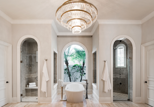 Harwick turned the existing master bath into a spa-like oasis.