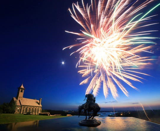Ring in 2019 in style at Big Cedar Lodge.