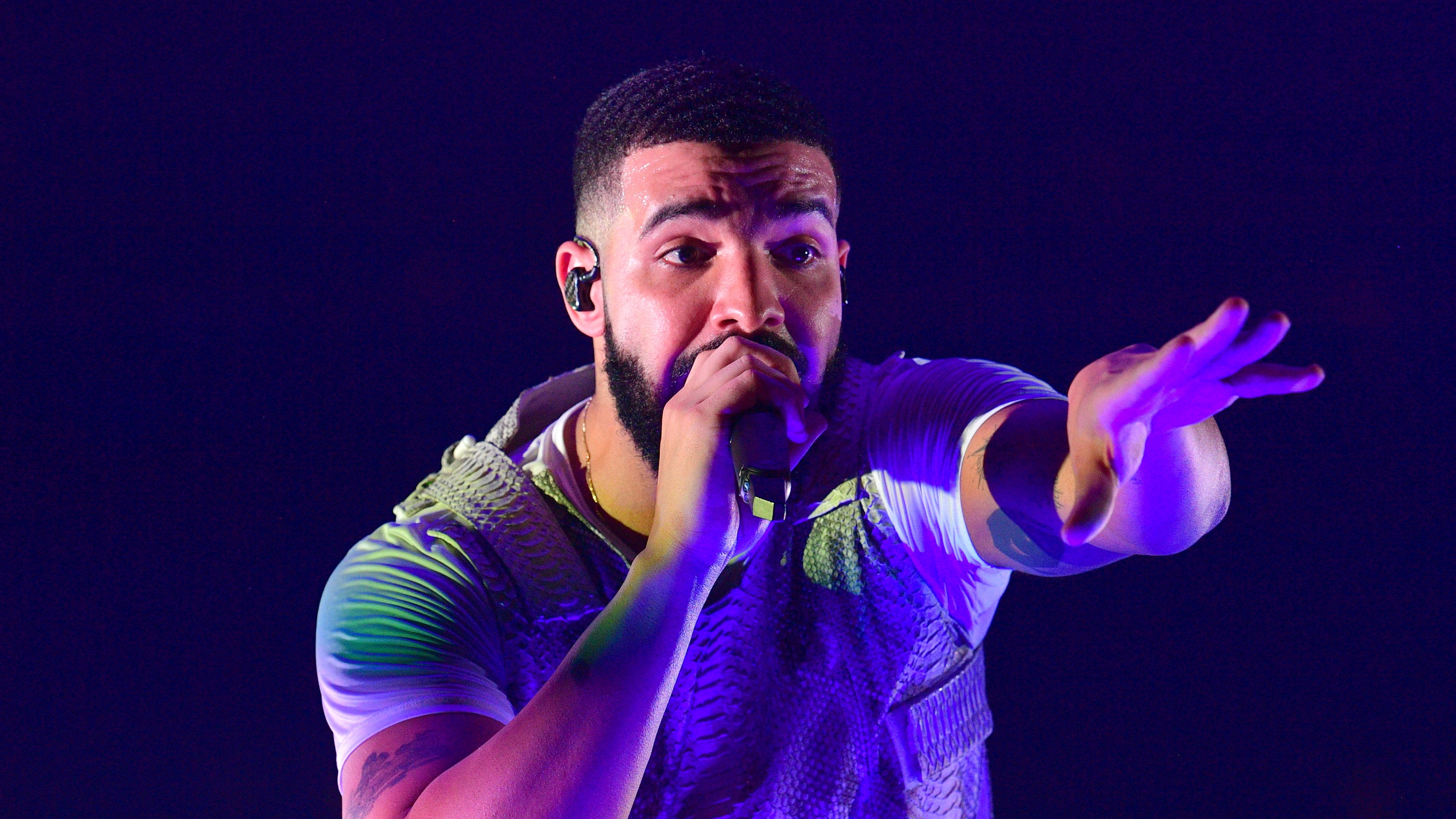 Drake thinks his son Adonis paints better than Pablo Picasso