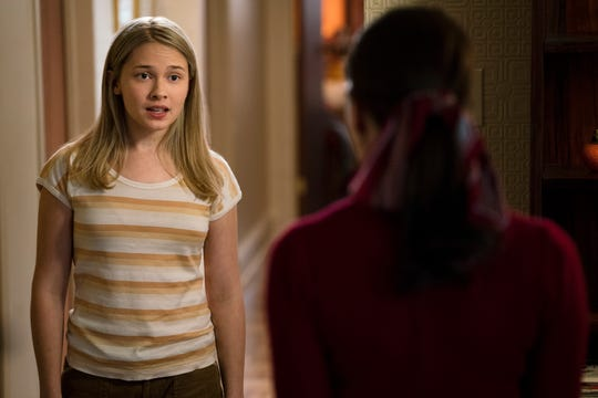 Ruth's high school-age daughter, Jane (Cailee Spaeny), represents the next generation of feminists in the movie.