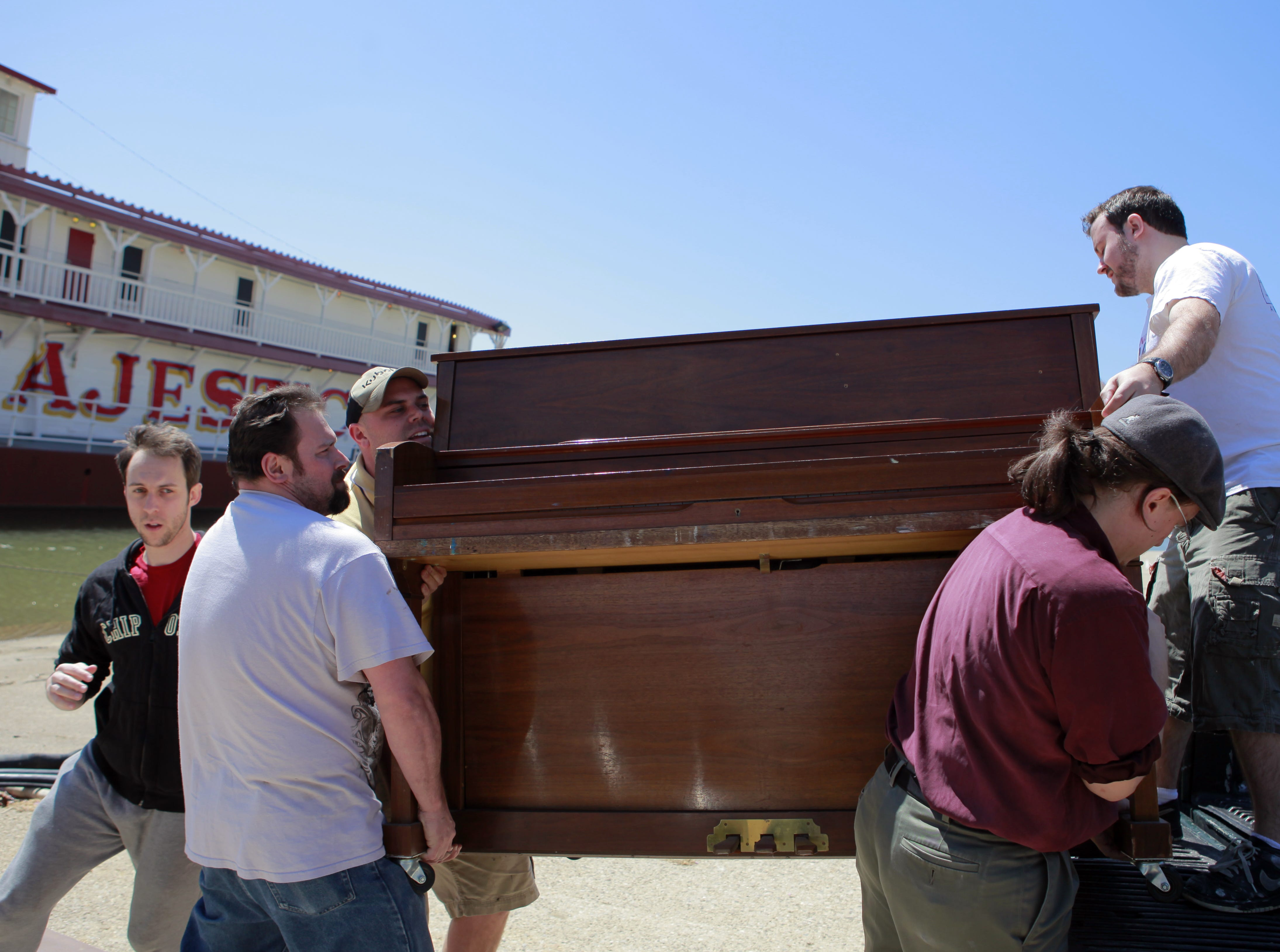 A piano is moved into the Showboat Majestic in 2012