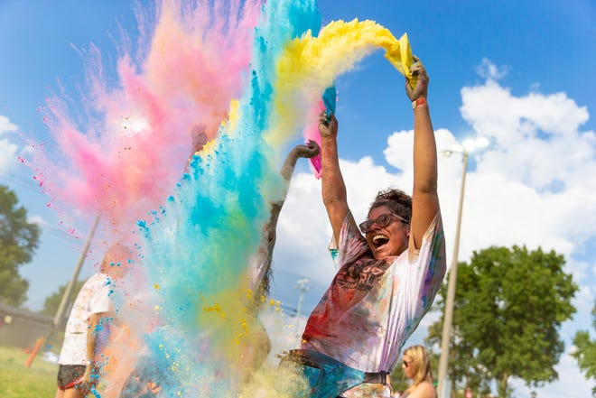 The 2019 Color Fun Run will take place at Sandy Lee Watkins Park in Henderson County on April 13, 2019.