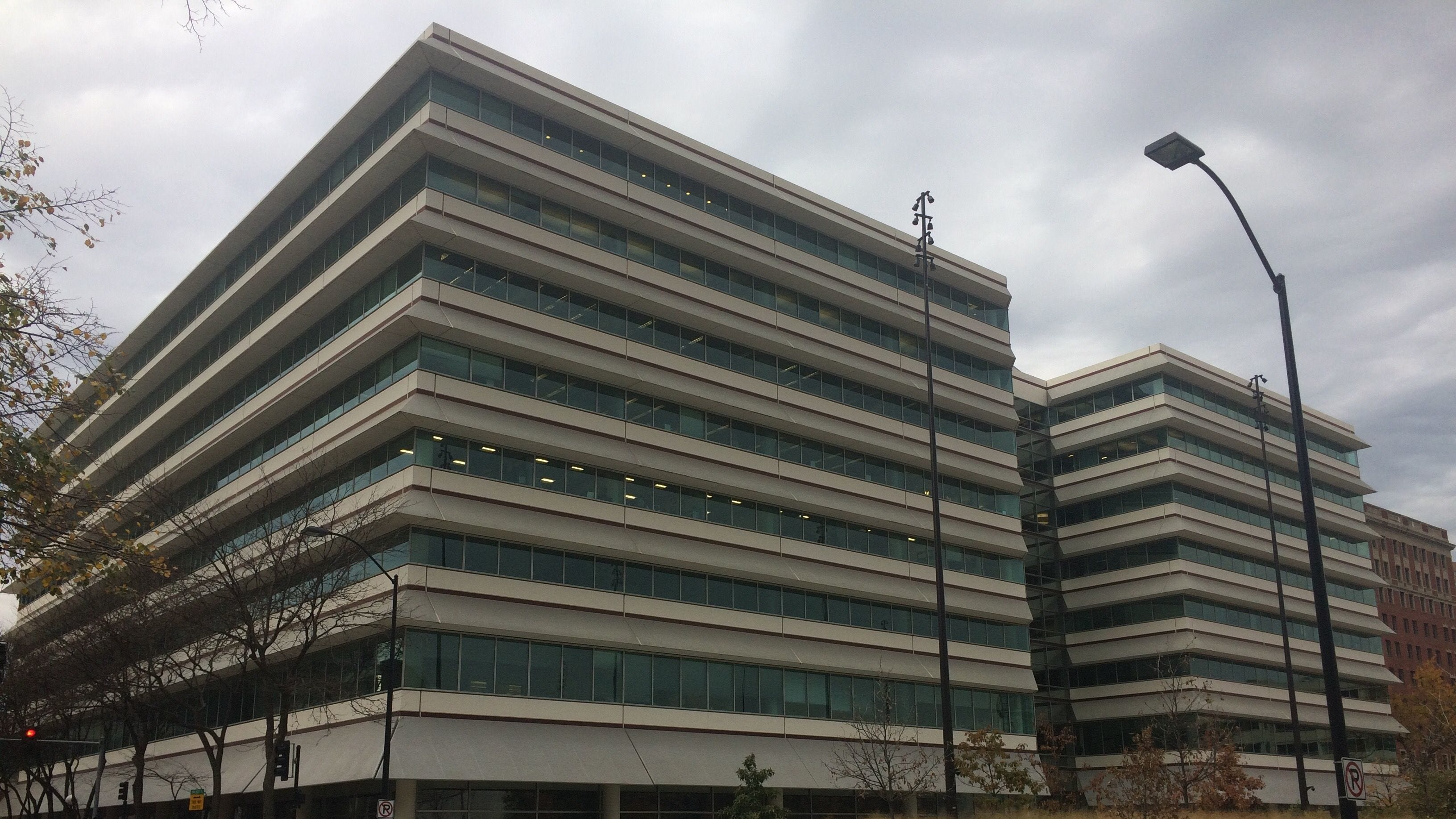 One of downtown Des Moines' largest office buildings is under new management