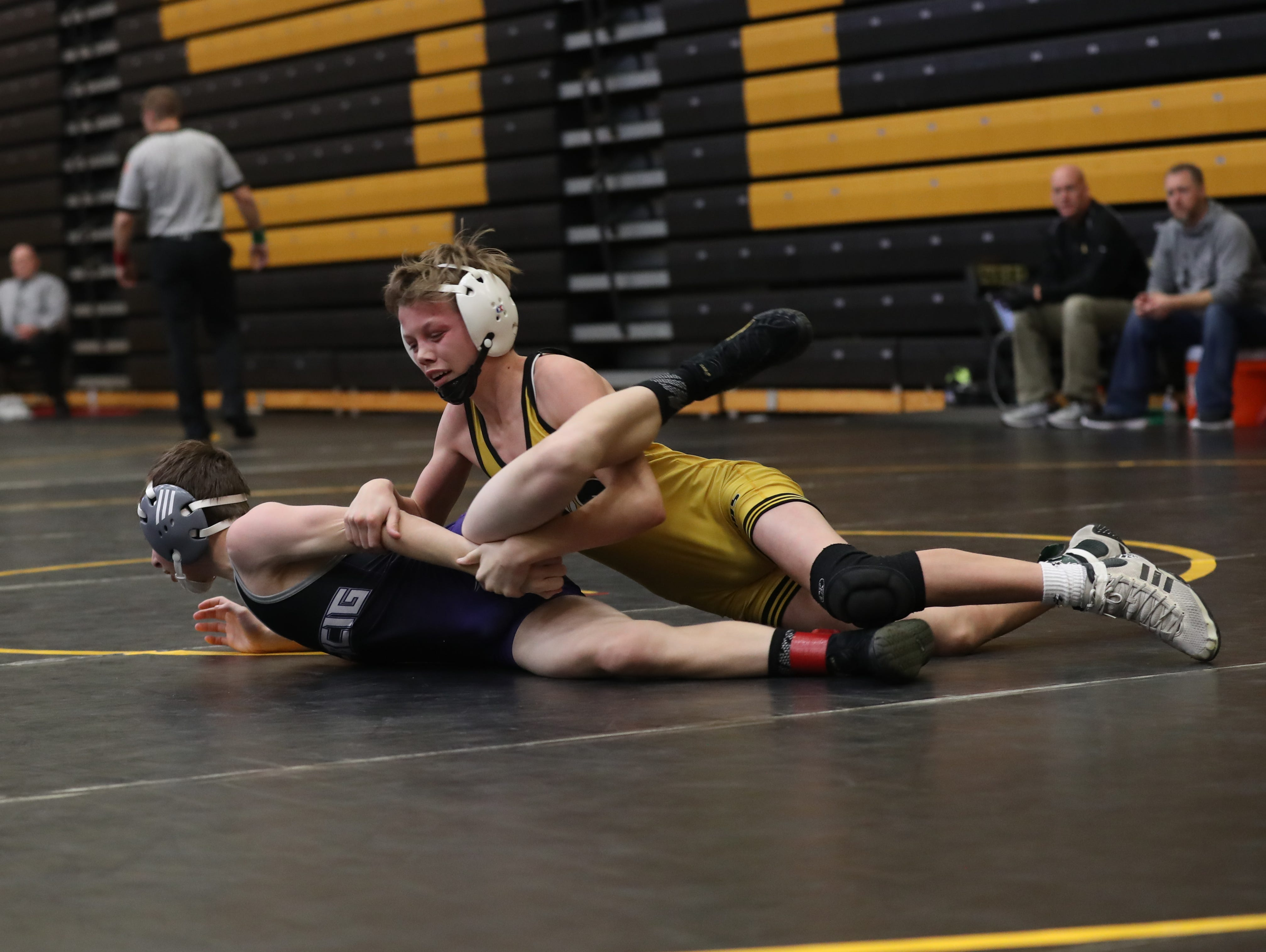 Cooper Hanson wrestles at the Red Owens Holiday Classic at Southeast Polk High School on Dec. 15, 2018.