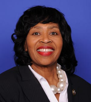 The official congressional photograph of U.S. Rep. Brenda Jones, D-Detroit, who was sworn into office Nov. 29, 2018.