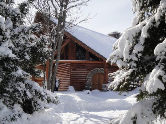 Dream Home: $2 2M log house in Sault Ste  Marie