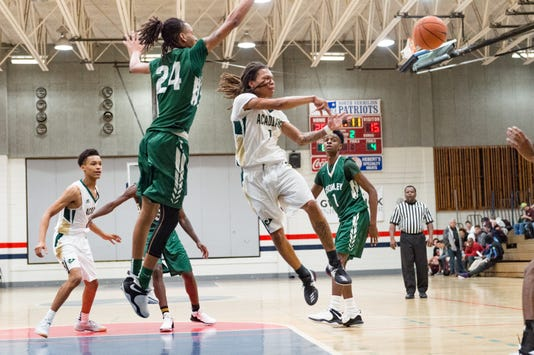 Acadiana Comeaux Basketball 12 27 18 8813