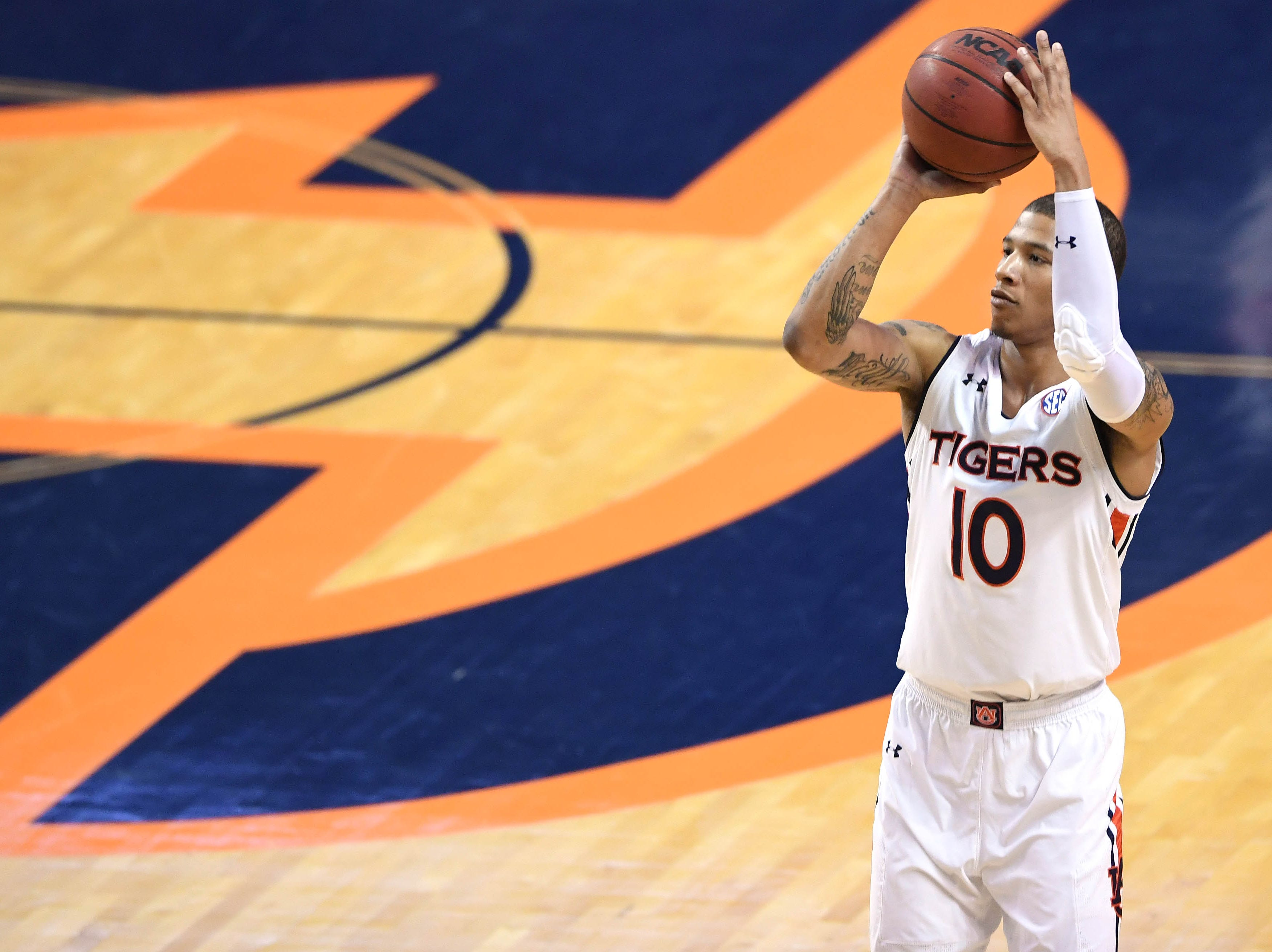 Dec 22, 2018; Auburn, AL, USA; Auburn Tigers guard Samir Doughty (10) shoots during the second half against the Murray State Racers at Auburn Arena. Mandatory Credit: Shanna Lockwood-USA TODAY Sports