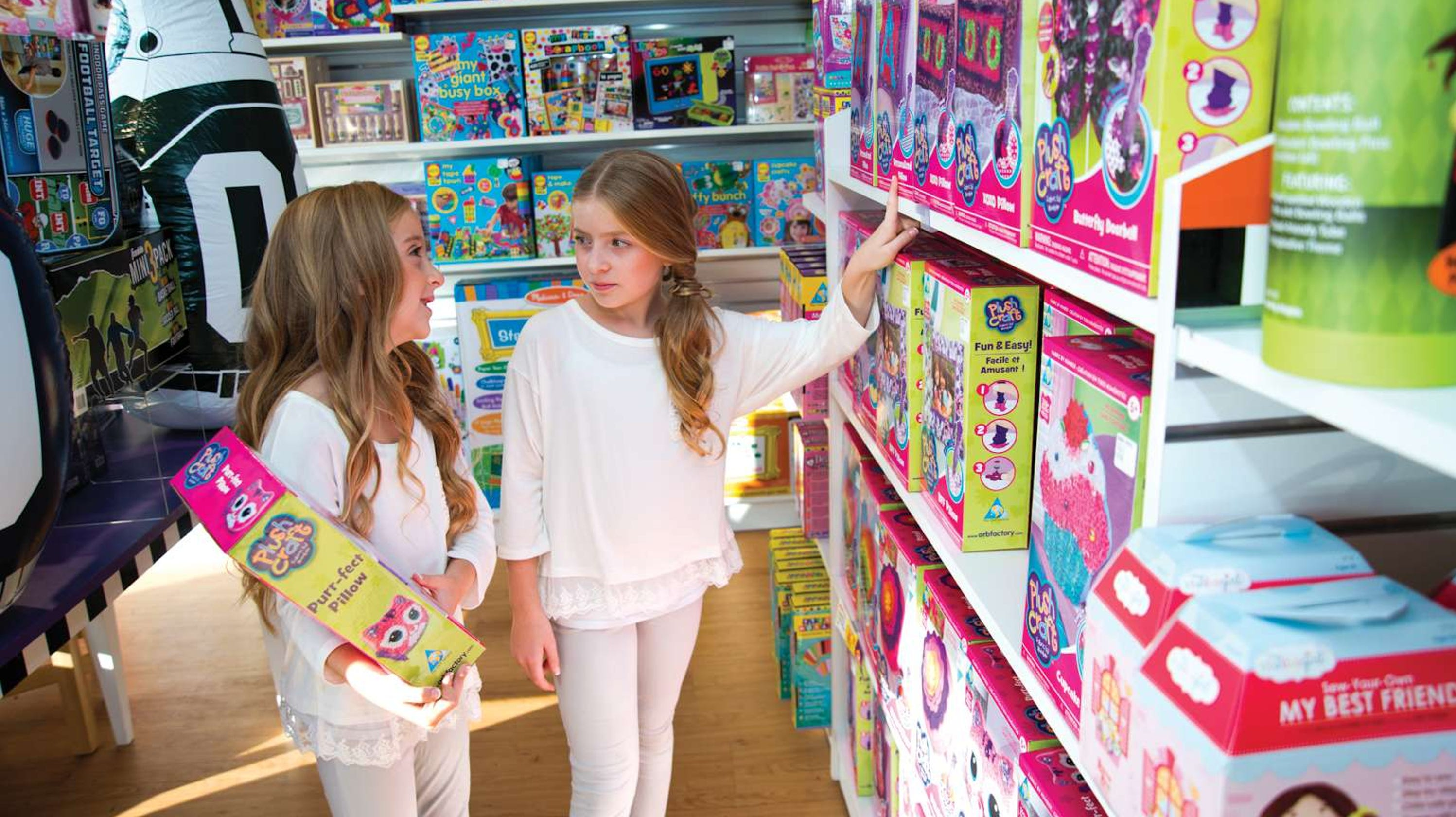 Learning Express toy store in Wayne NJ closes