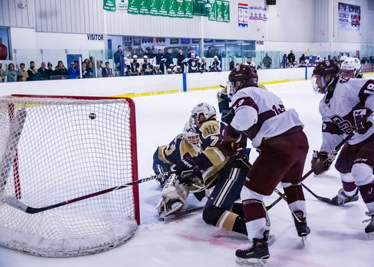 Bergen County Ice Hockey Tournament Final. Don Bosco versus Indian Hills in Wayne on Wednesday, Jan.17, 2018