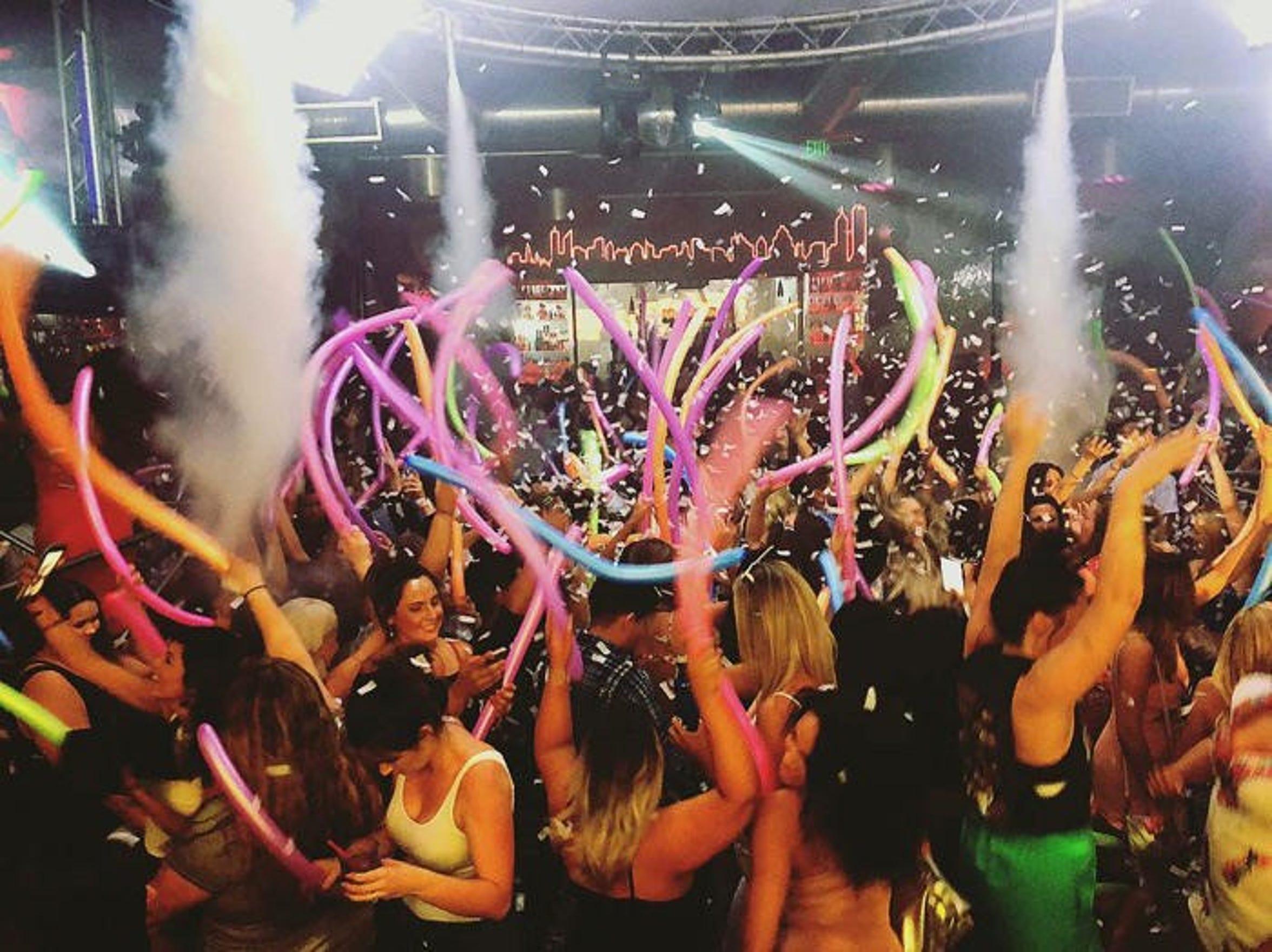 Zeldas Nightclub.