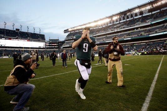 6c18e8cf9 HAYES  If you think Foles is Eagles  long-term QB answer