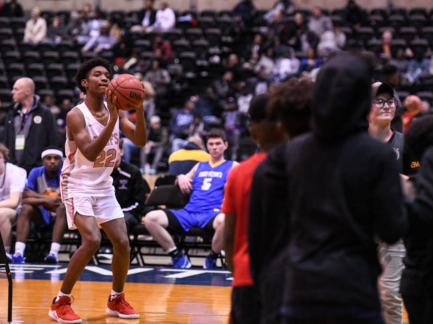 Kempsville's Dominique Stanford (22) shoots during the Governor's Challenge 3-point contest at the Civic Center in Salisbury on Wednesday, Dec 26, 2018.