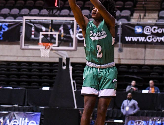 Parkside's Tawain Hardy (2) shoots against Linganore in the Governor's Challenge basketball tournament at the Civic Center in Salisbury on Thursday, Dec 27, 2018.