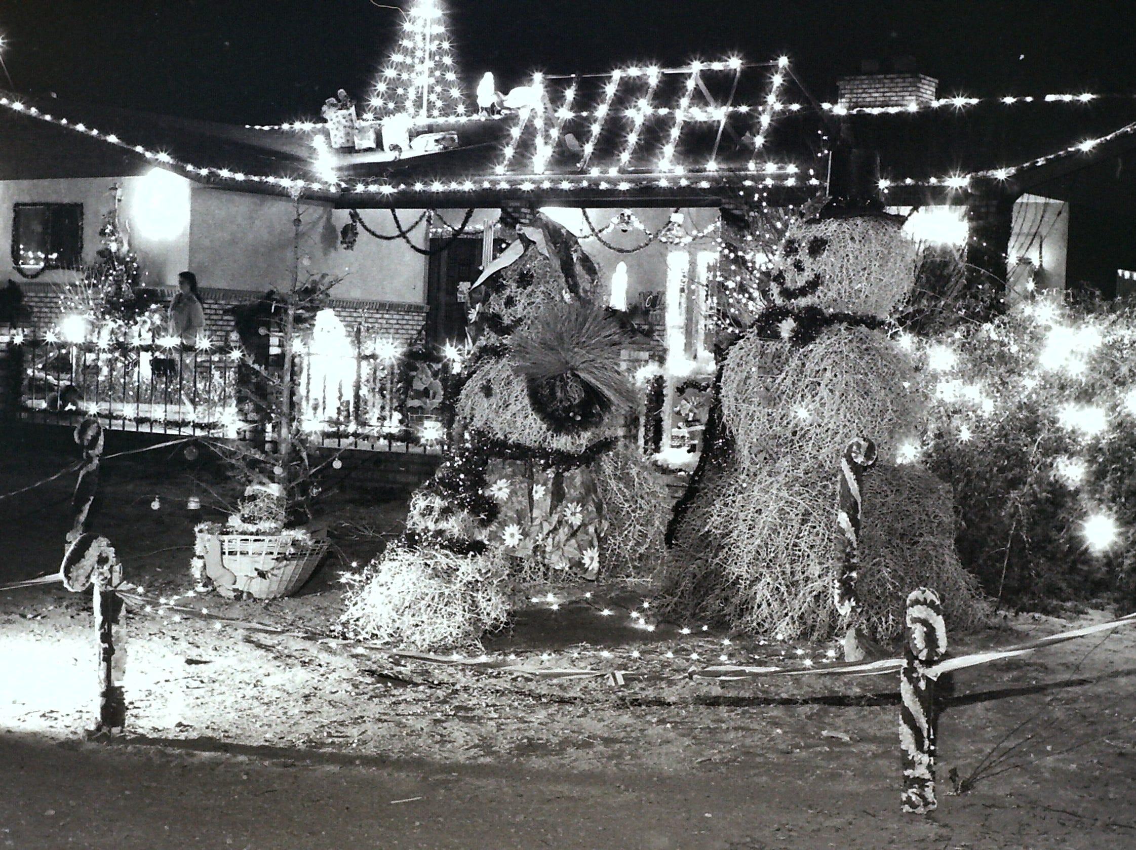 Washington County residents decorate tumbleweeds with Christmas lights circa 1985.