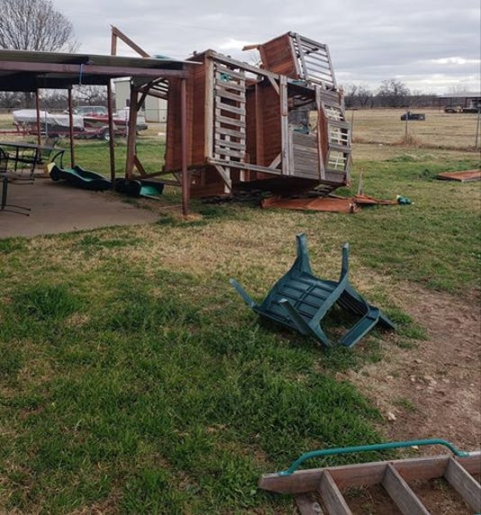 Storms cause damage, power outages