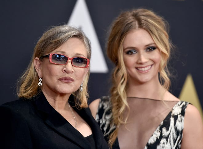 Carrie Fisher and daughter Billie Lourd arrive at the Governors Awards on Nov. 14, 2015, in Los Angeles.