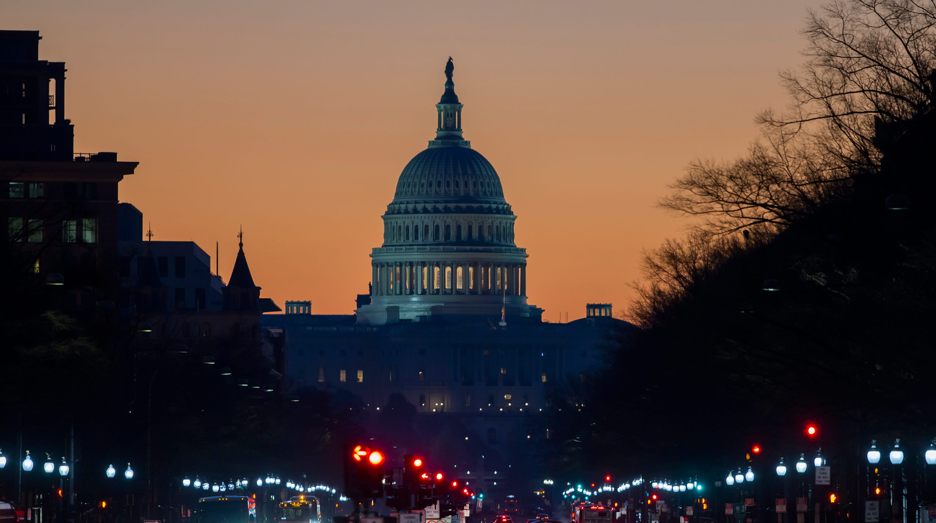 Government shutdown 2019: House Dems want to reopen