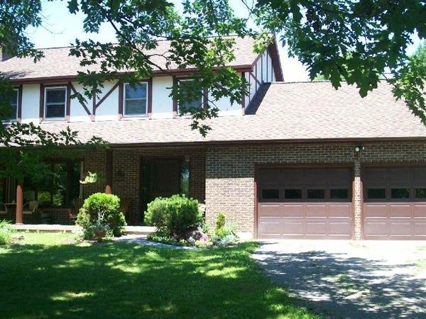 141 West Hill Road, Vestal, was sold for $271,000 on Oct. 15.