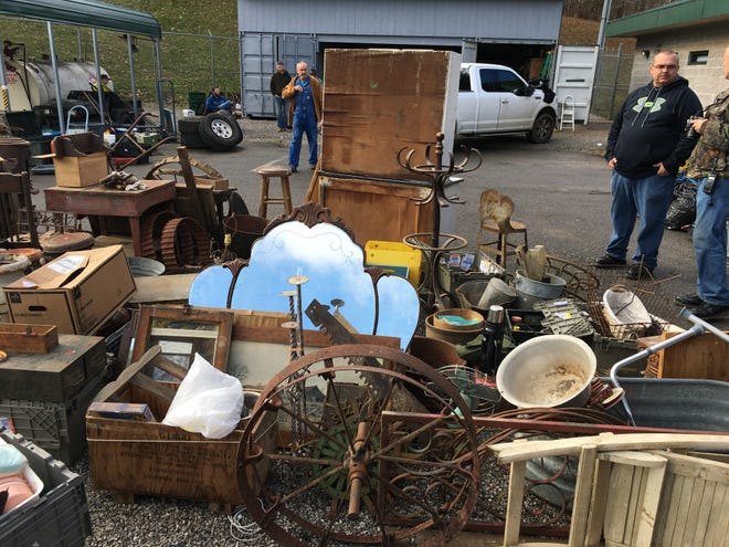 A large number of antique items were recovered. The presumption is such items were sold at antique auctions.
